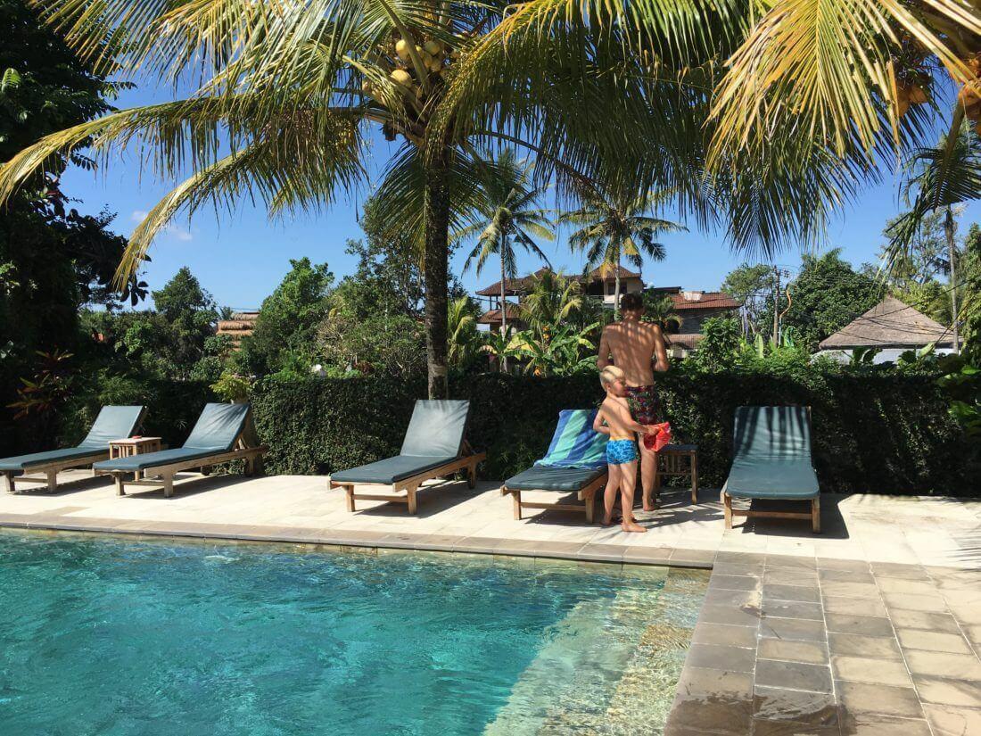 Balinesisk pool, Gerebig Bungalows, Ubud, Bali