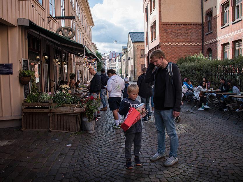 Sebastian brugte alle sine lommepenge i en legetøjsbutik i Haga, Göteborg