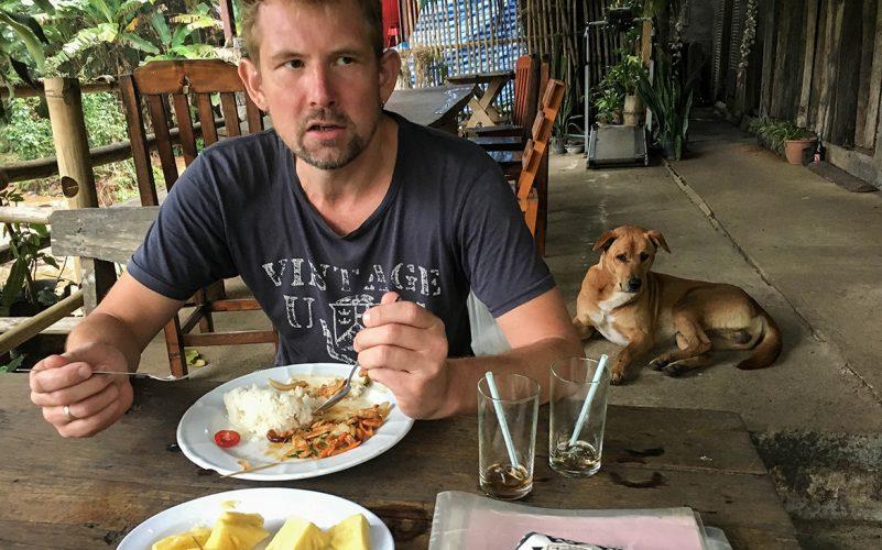 Peter - og hunden, der bed