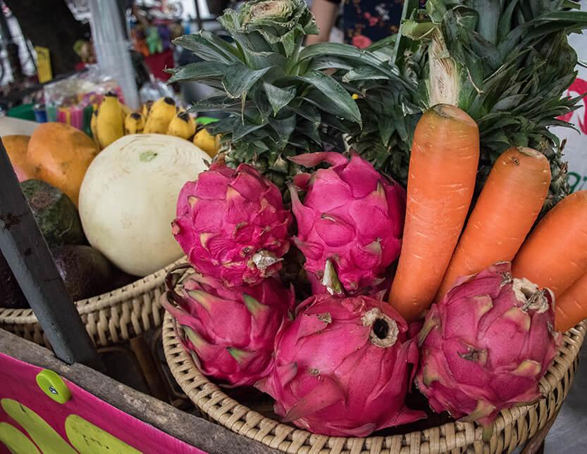 Smukke asiatisk frugt og grønt