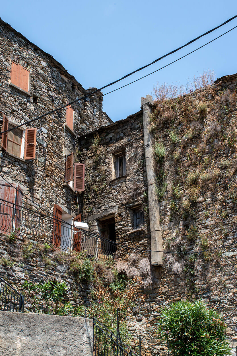 Det er tydeligt at husene i Chiastra har ligget her i mange år