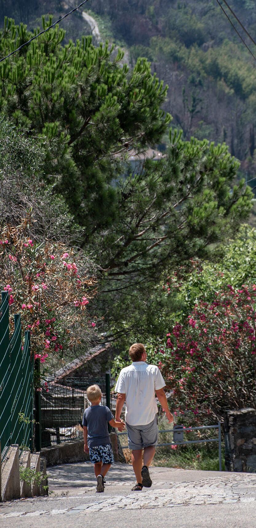 Vejene er korte men til gengæld er de virkelig stejle. Chiastra. Korsika.