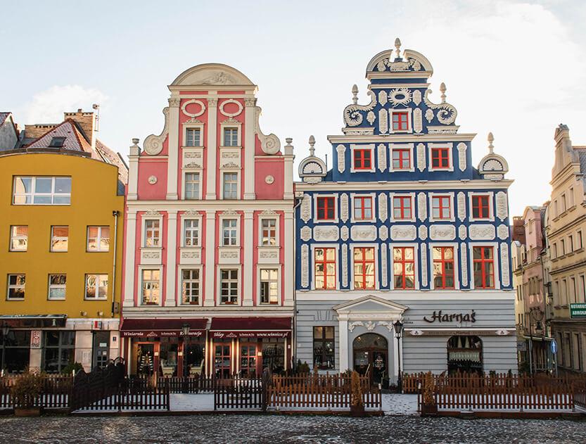 Flotte bygninger ved siden af The Old Town Hall, Szczecin, Polen