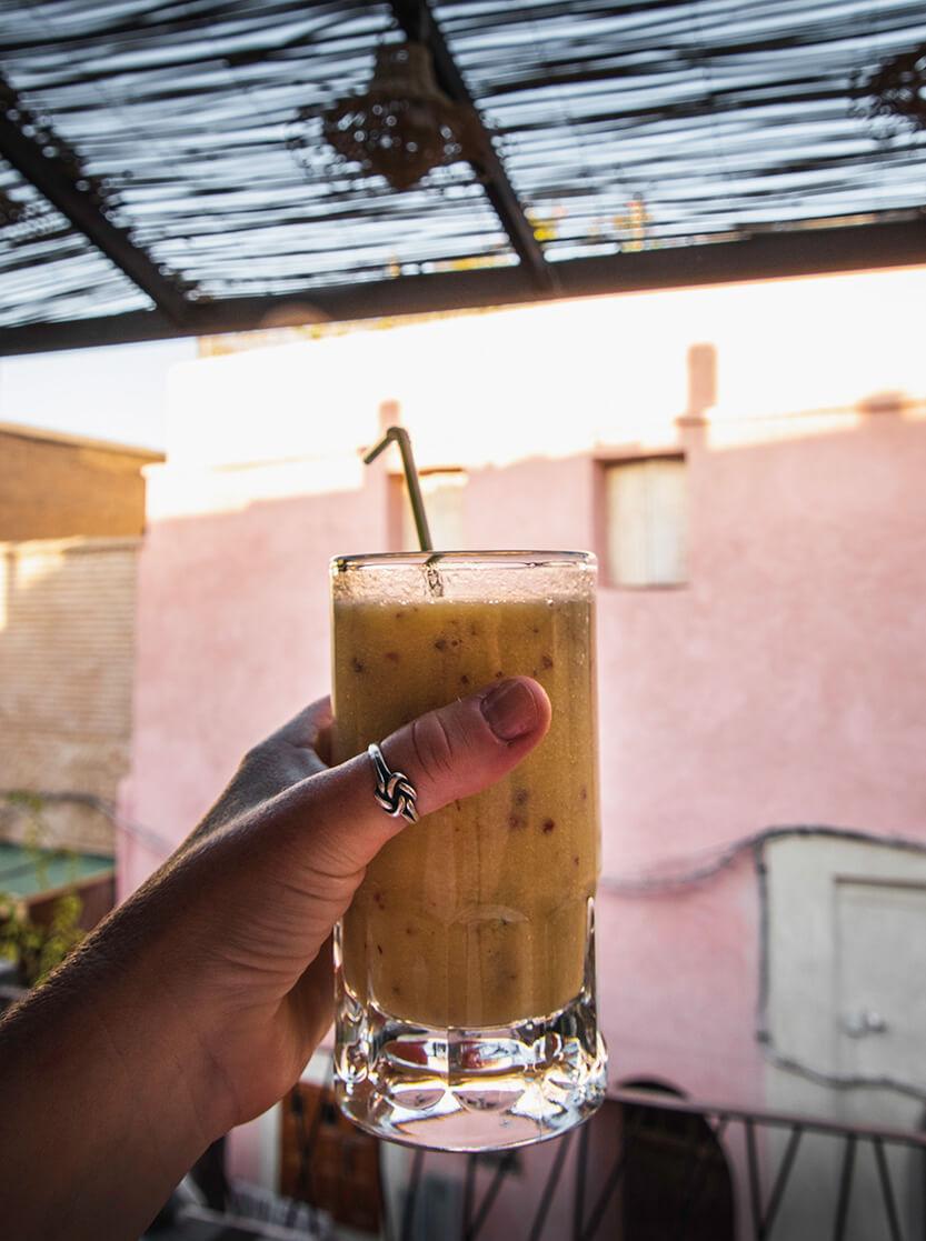 Friskpresset juice på tagterasse, Marrakech