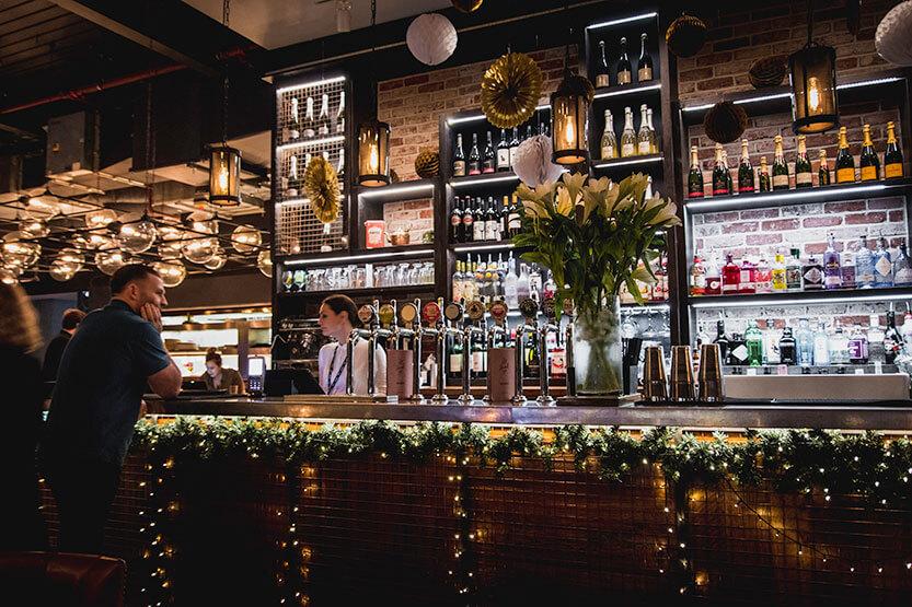 Londons cafeer kan være umådelig hyggelige - og ikke mindst i december måned