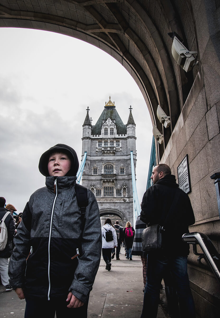 Sebastian på Tower of Bridge