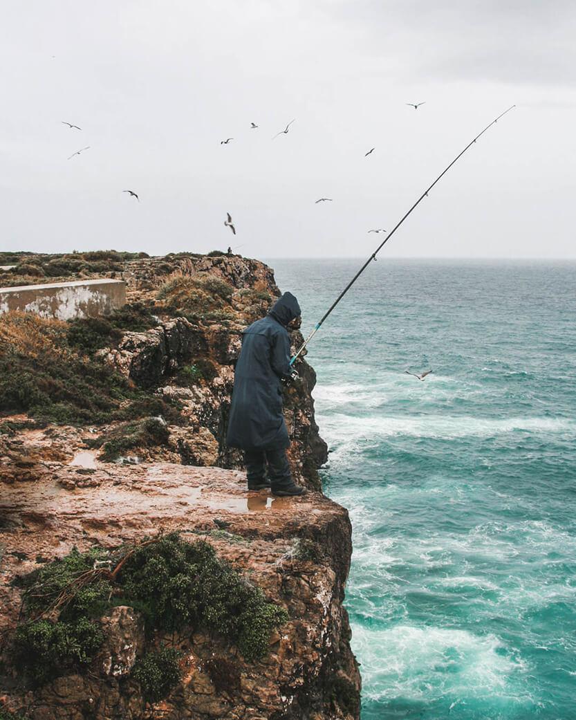 Der fiskes ivrigt året rundt ved Algarves kyst