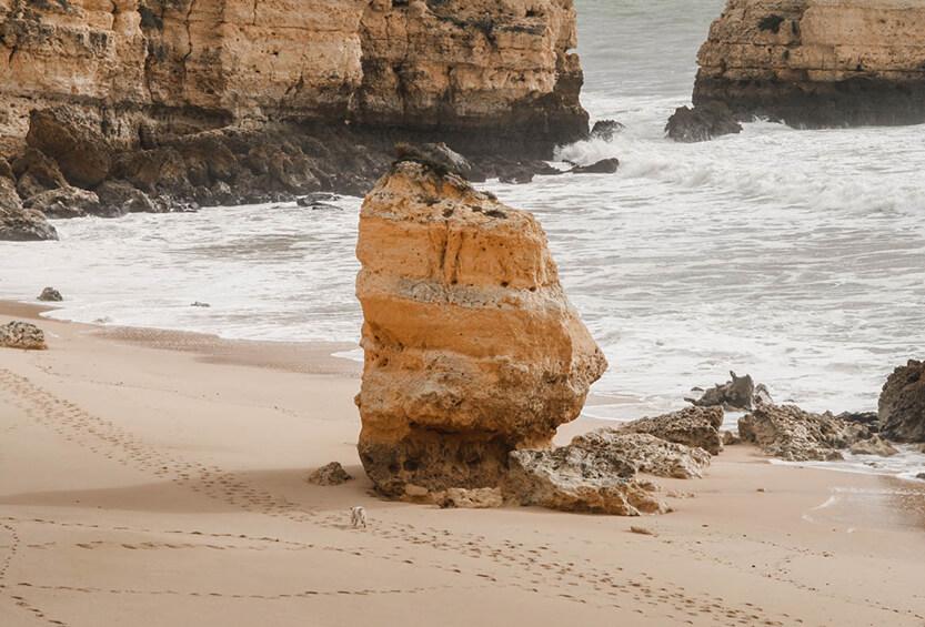 Det er nemt at finde plads på Algarves Strande om vinteren