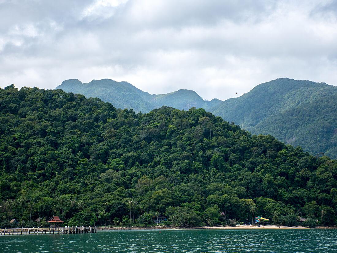 Bjergene bag Bangbao, Koh Chang, Thailand