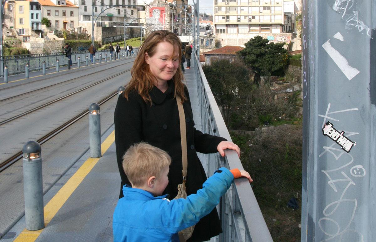 Lise & Sebastian på bro